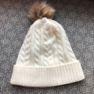2/15$ White Hat With Brown Pompom NWOT